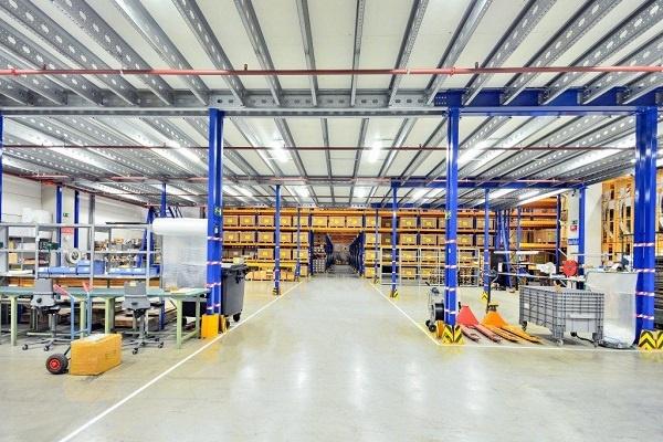 A clean warehouse