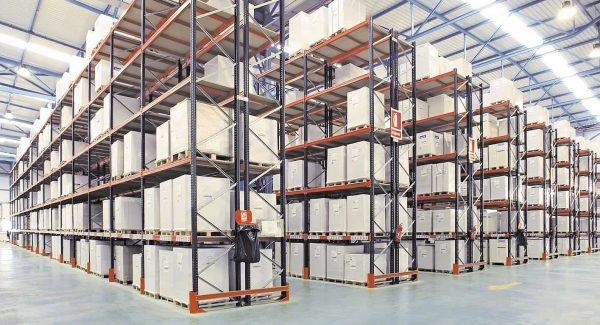 Storage Boxes in Pallet Racking Systems
